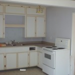 old kitchen  early 60s by the looks of it. total 10x10 +10x11 dining area