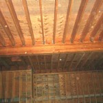 GLUELAM BEAM WITH JOIST HANGER